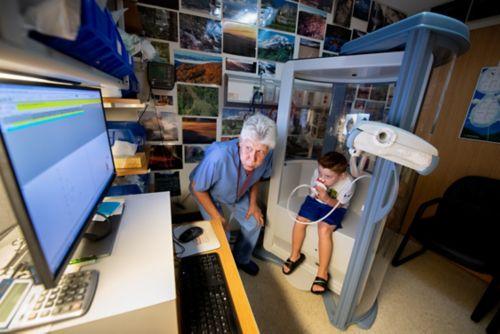 قد تكشف اختبارات وظائف الرئة عن وجود مشاكل في الرئة ليست واضحة في أثناء الفحص العادي.