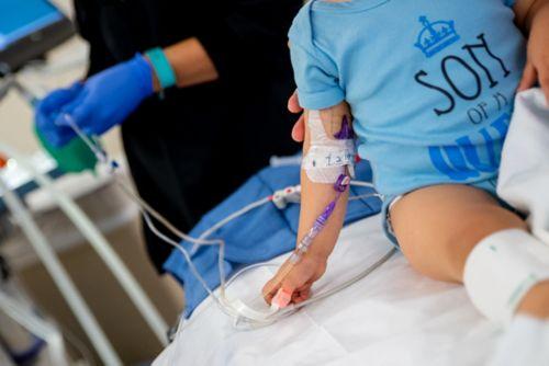 Generalmente, se administran los medicamentos de anestesia general a través de una vena.