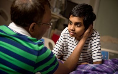 4 Tips on How to Talk to Kids with Life-Threatening Conditions